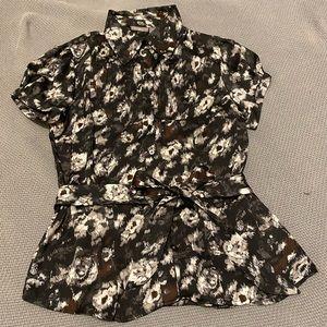 Apt 9 button up short sleeve shirt with belt